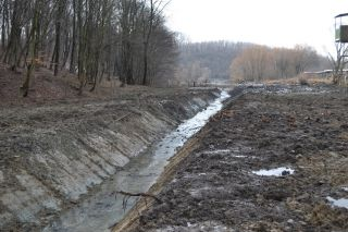 Helyi jelentőségű vízvédelmi rendszerek fejlesztése Komló város területén